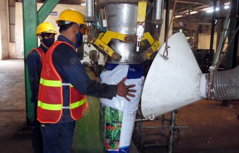 Phân bón hữu cơ khoáng từ chất thải chăn nuôi