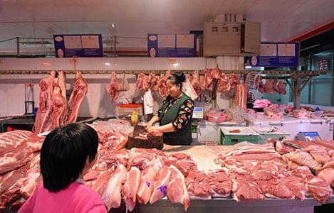 Giá thịt lợn tại Trung Quốc giảm mạnh