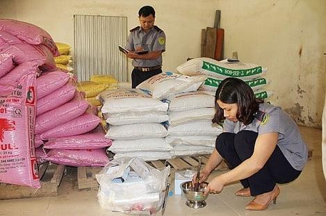 Xử lý nghiêm vi phạm chất lượng thức ăn chăn nuôi