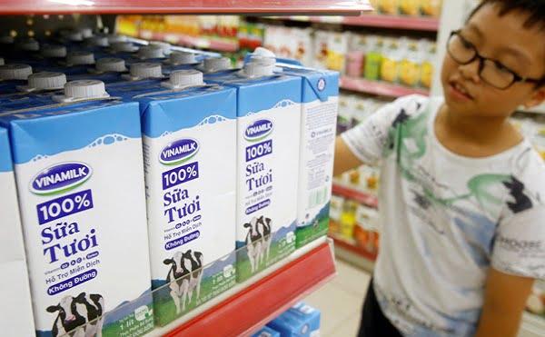 Việt Nam bắt đầu xuất khẩu sữa sang Trung Quốc