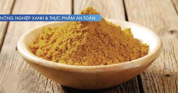 Người Việt đầu tiên mang bột dế mèn bán ra thế giới